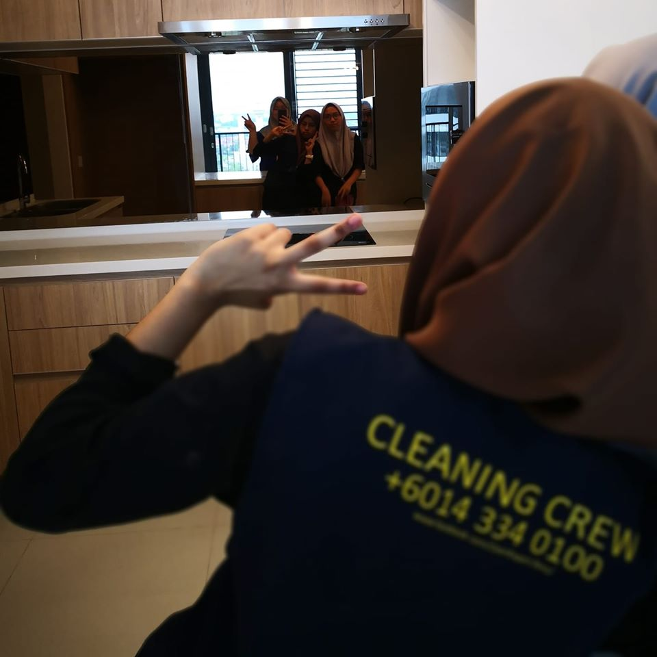 the-art-clean-services-team-image-1